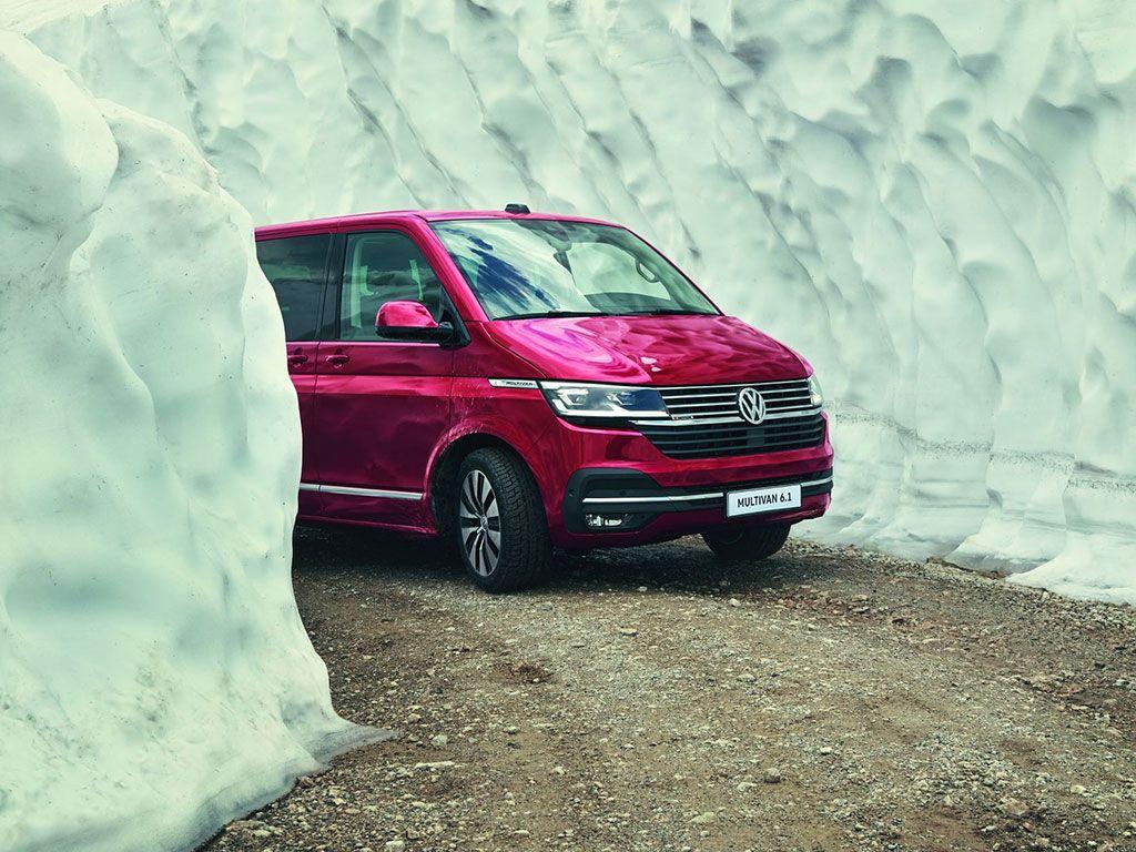 Nowy Multivan: jeden z najlepiej sprzedających się modeli MPV, jeszcze w tym roku pojawi się również w wersji hybrydowej typu plug-in